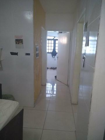 Excelente Casa com Piscina em Candeias - Foto 11