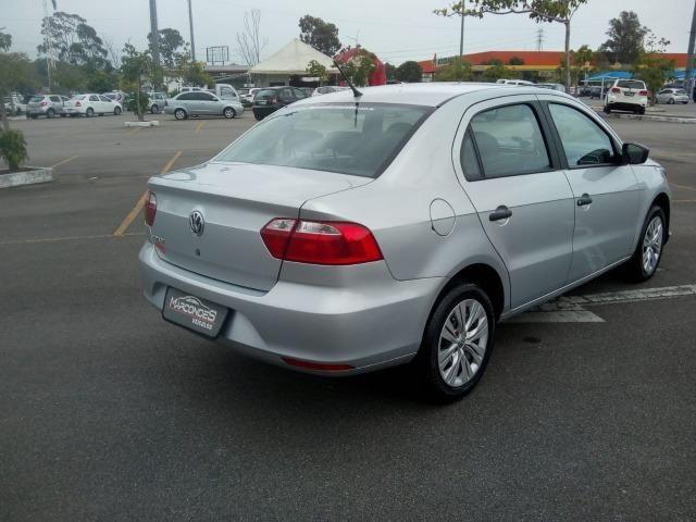 VW Novo Voyage 1.6 - Foto 5