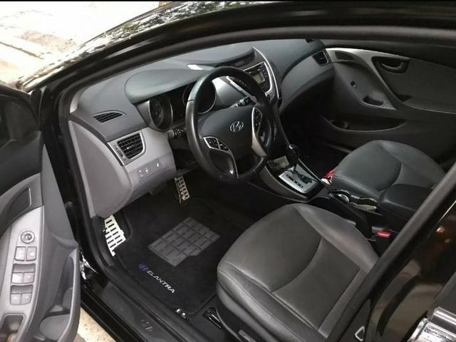 Vendo Hyundai Elantra 1.8 - aceito 5 mil na mão + parcelas no boleto - Foto 6