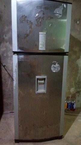 Vendo essa geladeira brastemp frostfree - Foto 3