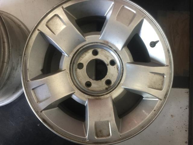 Roda Ford ranger aro 15 5x114 unidade - Old Garage