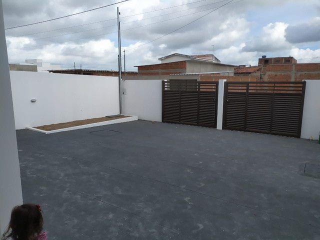 Grande Casa no Bairro das Indústrias - Foto 2