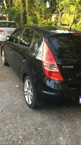 I30 Hyundai 2010 manual 2.0