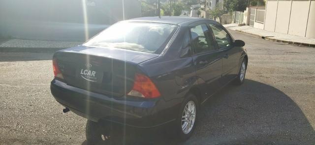 Focus Sedan 2.0 (Completo c/ GNV) - 2001 - Foto 5