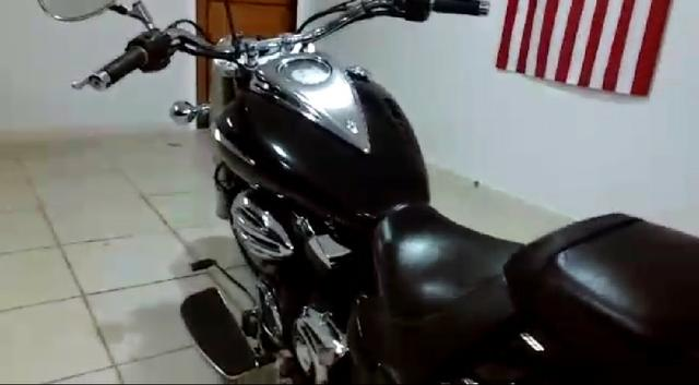 Yamaha Midnight Star XVS 950CC