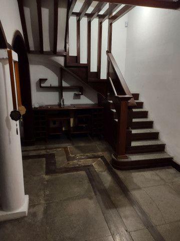 Casa em Nazaré - 480m2 - 2 ou 3 vagas de garagem - Foto 4