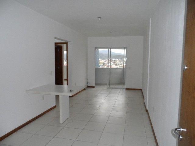 620 - Apartamento com Sacada para Alugar no Jardim Cidade de Florianópolis! - Foto 2