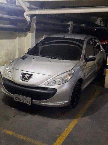 Vendo Peugeot 207 1.4 2010  - Foto 5