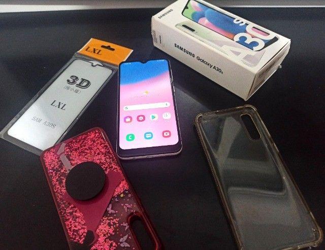 Samsung Galaxy A30s + duas capinhas e película 3D - Foto 3