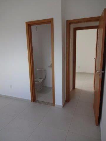 Apartamento de 3 quartos sendo 1 suítes com 2 vagas de garagens soltas - Foto 5