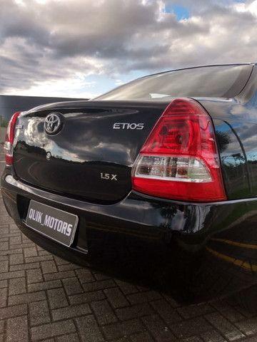 Toyota Etios sed aut 36000km - Foto 4