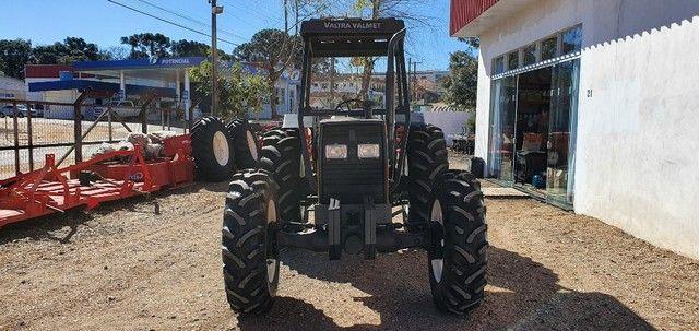 Trator Agrícola Valtra 785 Traçado 4x4, Ano 2001, Motor MWM Novo. - Foto 2