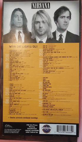 Box Nirvana - With The Lights Out (3 CDs, 1 DVD e 1 livro) - Foto 2