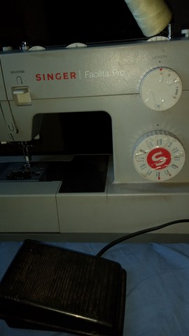 Máquina de costura singer facilita pro 4423 - Foto 3
