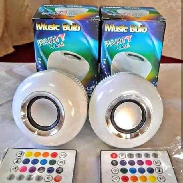Lampada Caixa De Som Bluetooth Com Controle Remoto - Foto 3