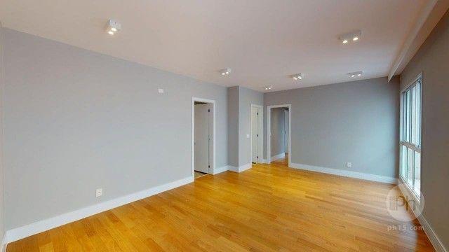 Itaim Nobre, 105 m² úteis, 2 suítes, 2 vagas.
