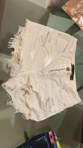 Duas saias, sendo uma jeans e uma de tecido é um short. 50$ as três peças  - Foto 2