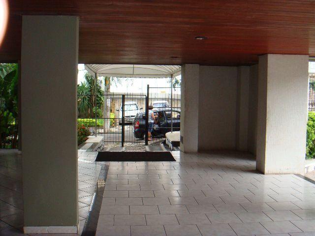 Jardim Apipema, Próximo Shopping Barra,Edifício Cezanne, Rua Nita Costa, ap. 307