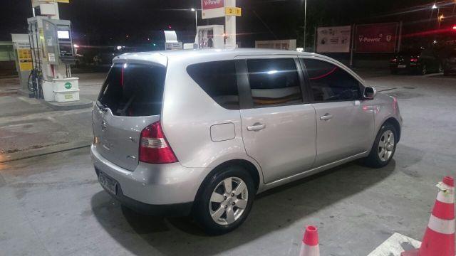 Nissan Livina 2010 automática 1.8