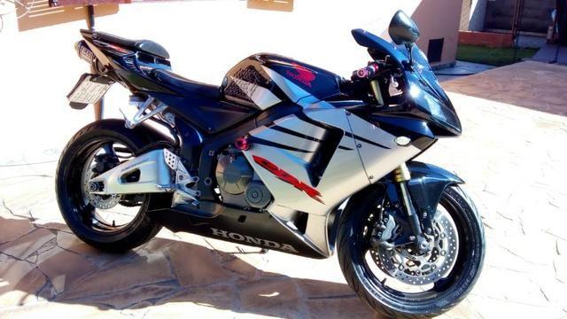 Amazing Honda CBR 600 RR   Muito Conservada !