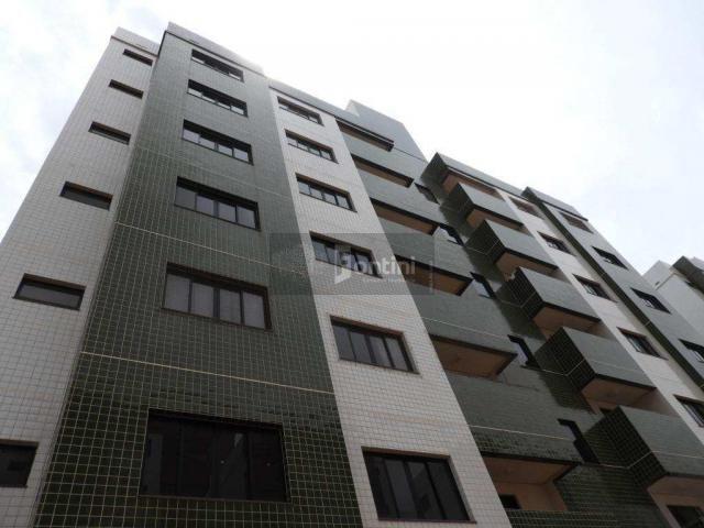 Apartamento com 3 dorms, 2 vagas. R$ 210 mil. Palmas-TO...