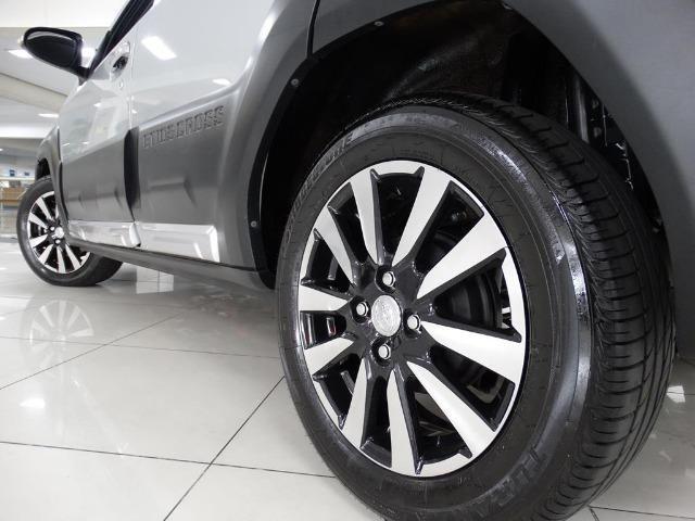 Toyota Etios Cross 1.5 Flex Prata - Foto 10