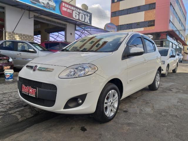 Fiat Pálio Attractive 1.4 - 2017/2017