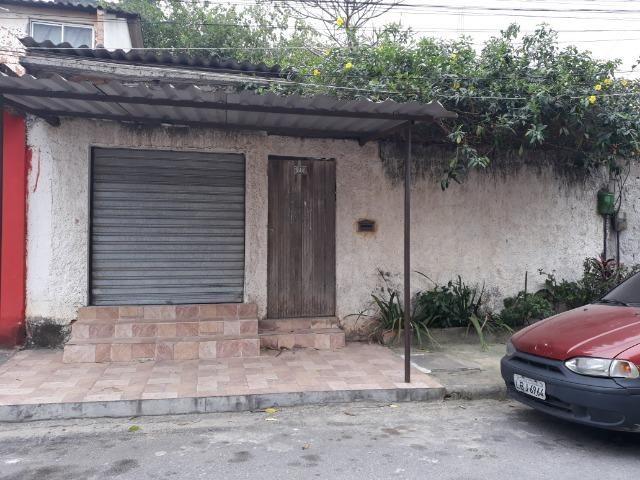 Vendo casa no Fanchem - Queimados, próximo ao Detran