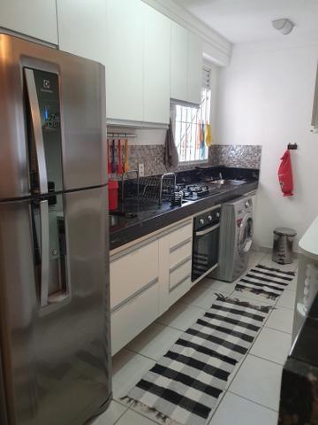 Vendo apartamento 3 quartos todo mobdulado e reformado em condominio fechado - Foto 5