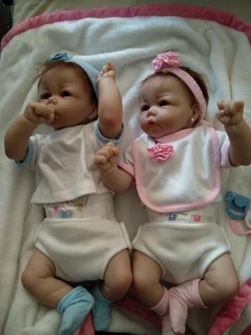Boneca Realista Reborn Silicone Recém-nascido - Unidade - Foto 4