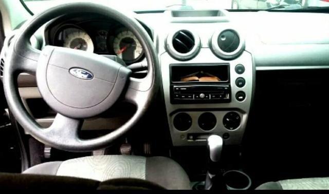 Ford fiesta 1.0 sedan 2009 - Foto 3