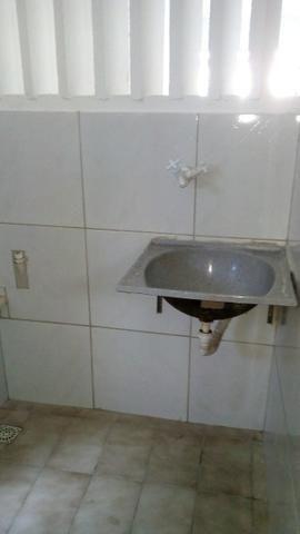 Aluga-se apartamento térreo na Tabuba - Foto 3