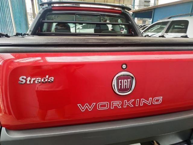 Fiat strada cd 3 portas 2014/2015 vemelha - Foto 6