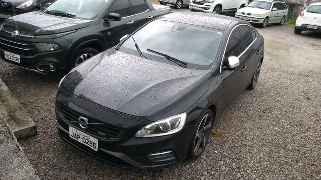 Volvo S60 T5, c/ Teto solar, Analiso trocas, financio 48x