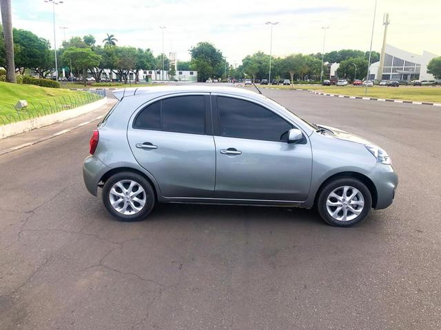 Nissan March SV 1.6 2017