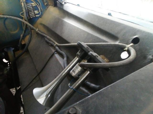 Caminhão TRATAR COM O NÚMERO * ELTON - Foto 6
