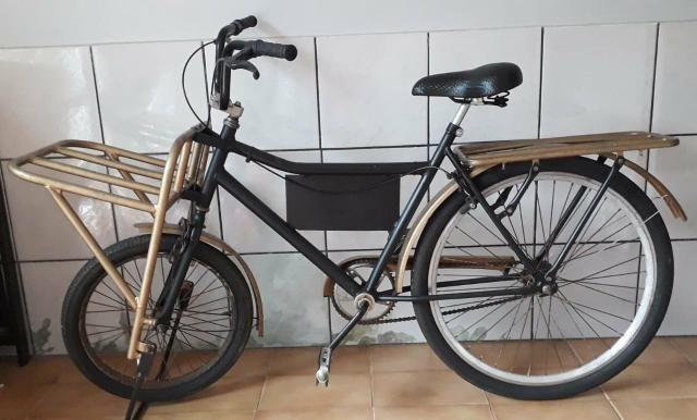 Bicicleta cargueira e infantil