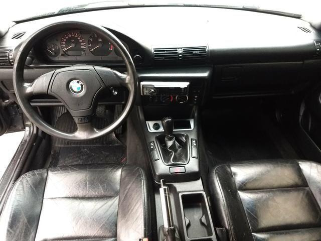 BMW 318i COMPACT ANO 95 MANUAL 4 CC COMPLETA FUNCIONA - Foto 7