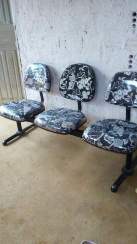Vendo essas cadeiras de espera - Foto 4