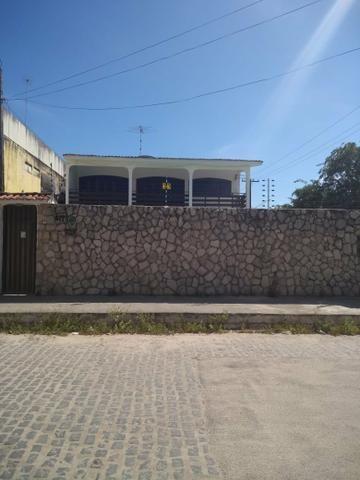 Excelente Casa com Piscina em Candeias