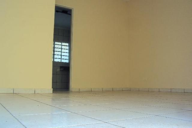 Casa Para Aluguel - 2 Quartos - Setor Sudoeste - Goiânia-Go - Foto 3