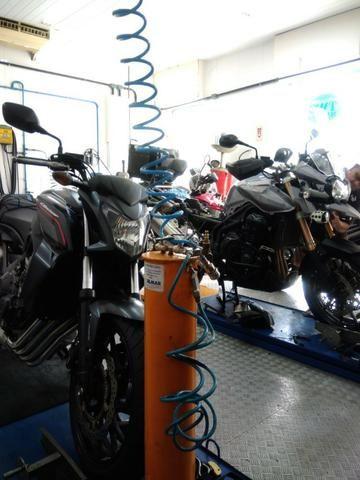 Two Mahana oficina de motos ,consertos em geral realize o serviço e parcelamos