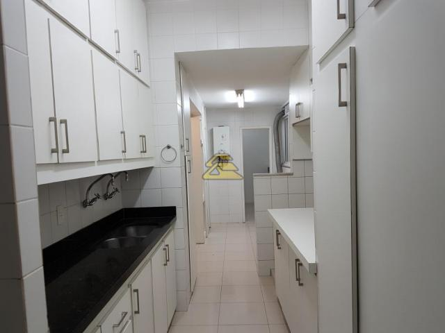 Apartamento para alugar com 2 dormitórios em Ipanema, Rio de janeiro cod:SCI3636 - Foto 17