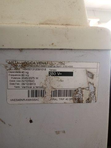 amacadeira venacii 40  cilindro industrial pouco uso - Foto 3