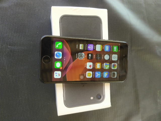 IPhone7 32gb  - Foto 3