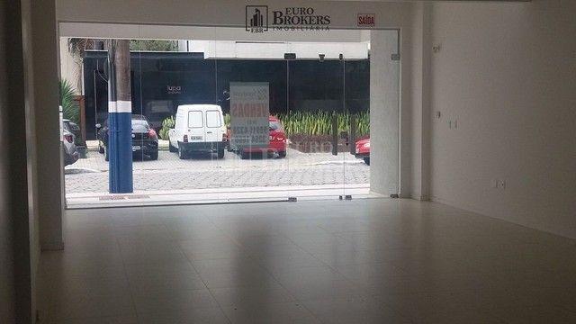 Sala comercial com ótima localização próximo ao centro