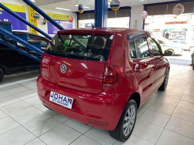 Volkswagen Fox 1.0 VHT (Flex) 4p - Foto 6
