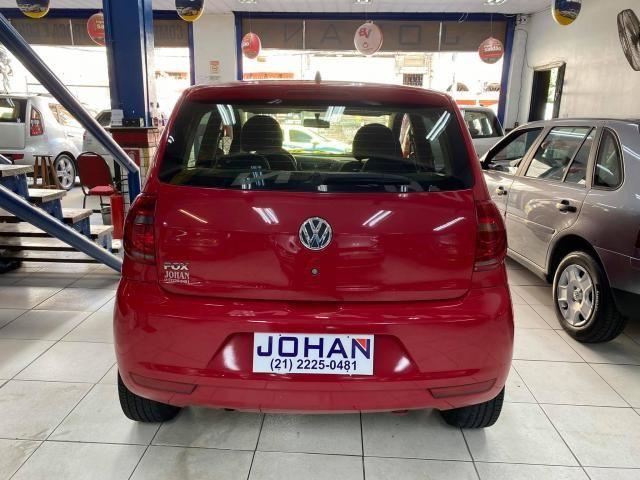 Volkswagen Fox 1.0 VHT (Flex) 4p - Foto 4