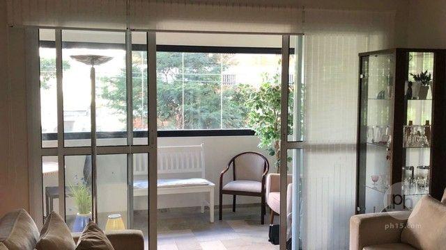 2 Suítes, 3 Vagas, 140 m²