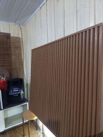 Painel  ripado  120x115 com Led na parte inferior  200 pila - Foto 6